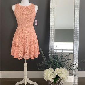 City Studio Sleeveless Lace Peach Pink Dress Size1